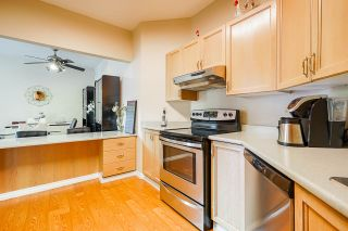 "Photo 15: 325 1150 QUAYSIDE Drive in New Westminster: Quay Condo for sale in ""The Westport"" : MLS®# R2535503"