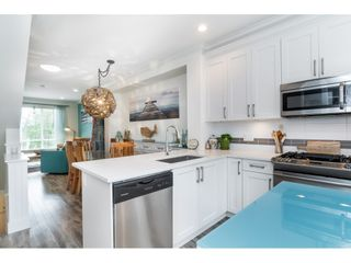 """Photo 8: 4 3039 156 Street in Surrey: Grandview Surrey Townhouse for sale in """"NICHE"""" (South Surrey White Rock)  : MLS®# R2502386"""