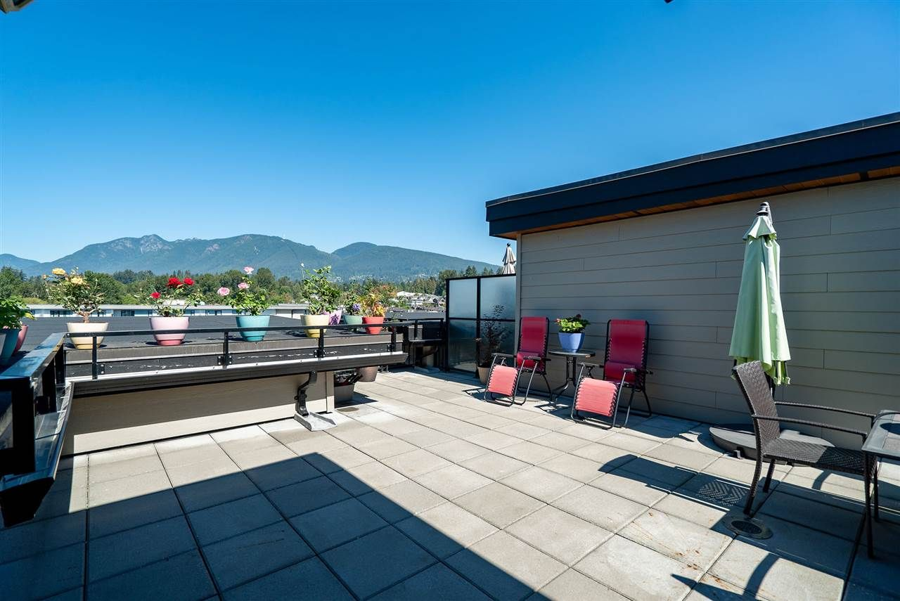 Main Photo: 604 719 W 3RD STREET in North Vancouver: Harbourside Condo for sale : MLS®# R2497481