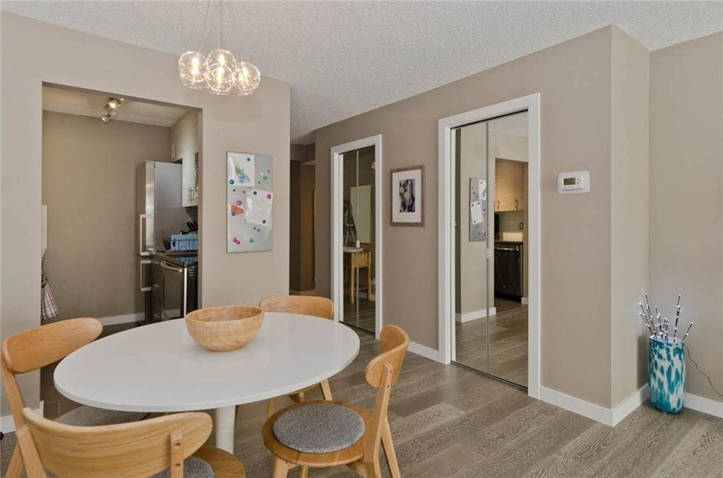 Photo 10: Photos: 105 120 24 Avenue SW in Calgary: Mission Condo for sale : MLS®# C4160912