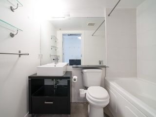 """Photo 11: 317 237 E 4TH Avenue in Vancouver: Mount Pleasant VE Condo for sale in """"ARTWORKS"""" (Vancouver East)  : MLS®# V1143418"""