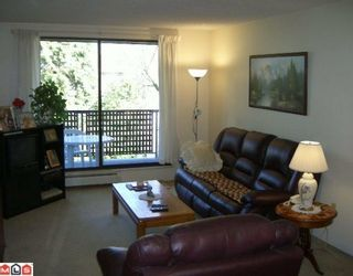 """Photo 14: 206 10698 151A Street in Surrey: Guildford Condo for sale in """"LINCOLN'S HILL"""" (North Surrey)  : MLS®# F1000089"""