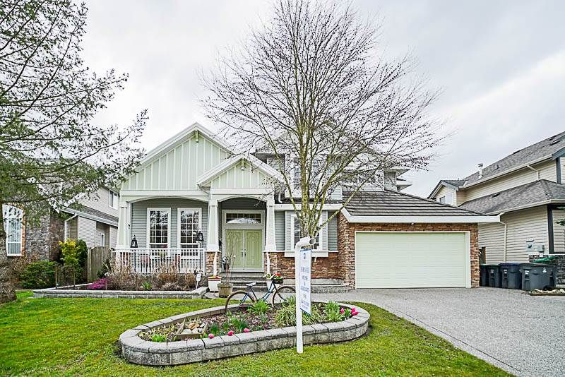 Main Photo: 16660 63A Avenue in Surrey: Cloverdale BC House for sale (Cloverdale)  : MLS®# R2249613