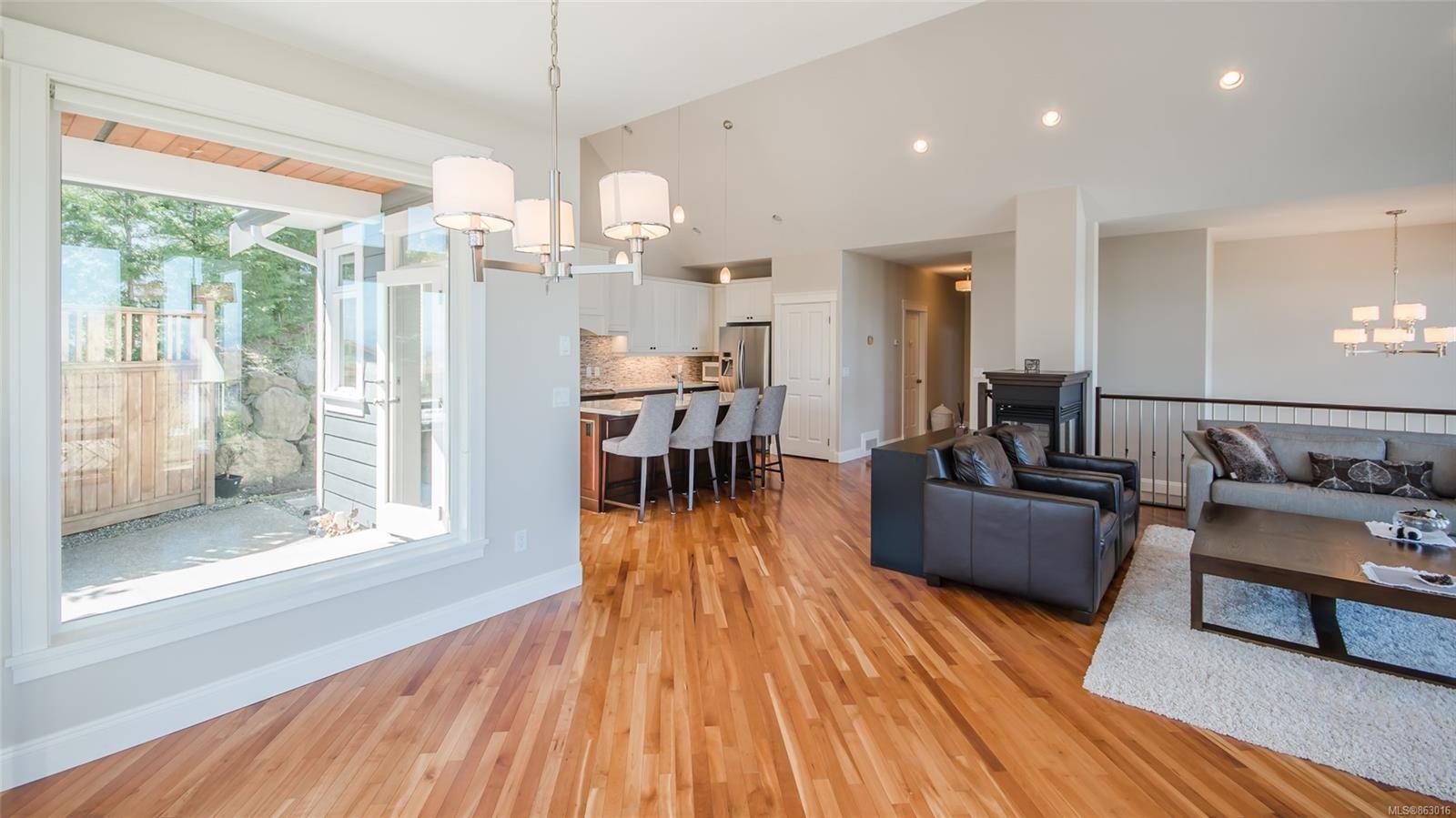Photo 16: Photos: 5361 Laguna Way in : Na North Nanaimo House for sale (Nanaimo)  : MLS®# 863016