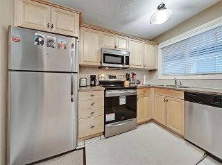 Photo 15: 2037 50 AV SW in Calgary: North Glenmore Park Duplex for sale ()  : MLS®# C4216424