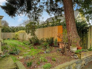 Photo 22: 102 1611 Belmont Ave in : Vi Fernwood Row/Townhouse for sale (Victoria)  : MLS®# 865974