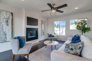 Photo 8: PACIFIC BEACH House for sale : 3 bedrooms : 1653 Chalcedony St in San Diego