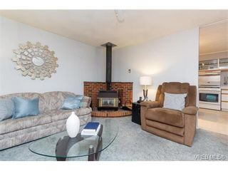 Photo 5: 2204 Malaview Ave in SIDNEY: Si Sidney North-East House for sale (Sidney)  : MLS®# 752256