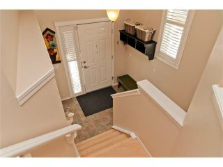 Photo 3: 15 ELGIN Drive SE in Calgary: McKenzie Towne House for sale : MLS®# C4054880