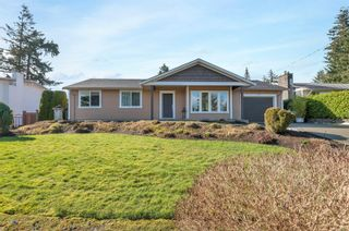 Photo 1: 744 Nancy Greene Dr in : CR Campbell River Central House for sale (Campbell River)  : MLS®# 866820