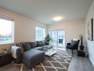"""Photo 1: 201 7322 OLD MILL Road: Pemberton Condo for sale in """"VISTA PLACE"""" : MLS®# R2431256"""