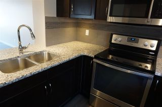 Photo 4: 56 1816 Rutherford Road in Edmonton: Zone 55 Townhouse for sale : MLS®# E4240923
