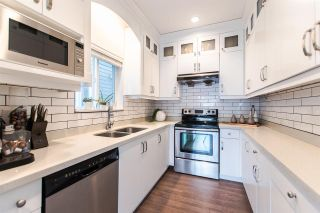 Photo 5: 4315 PERRY STREET in Vancouver: Knight 1/2 Duplex for sale (Vancouver East)  : MLS®# R2140776