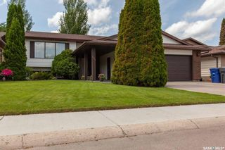 Photo 1: 127 Benesh Crescent in Saskatoon: Silverwood Heights Residential for sale : MLS®# SK778912
