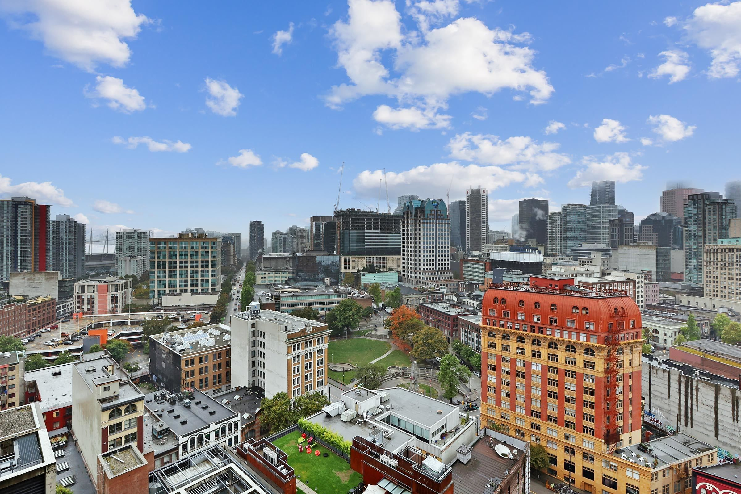 """Main Photo: 2508 128 W CORDOVA Street in Vancouver: Downtown VW Condo for sale in """"WOODWARDS"""" (Vancouver West)  : MLS®# R2625433"""