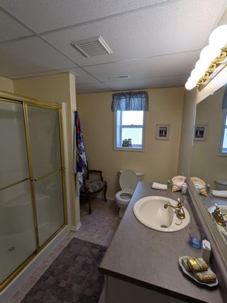 Photo 12: 6048 Shanda Place: Nanaimo House for sale : MLS®# 873182