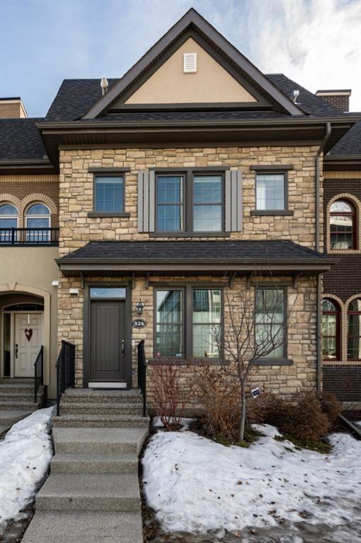 Main Photo: 524 Quarry Park Boulevard SE in Calgary: Douglasdale/Glen Row/Townhouse for sale : MLS®# A1084098