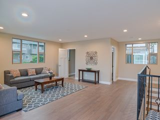 Photo 18: POINT LOMA House for sale : 4 bedrooms : 3420 Macaulay in San Diego