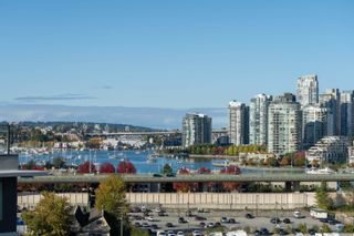 Photo 4: 1203 1768 COOK Street in Vancouver: False Creek Condo for sale (Vancouver West)  : MLS®# R2625791