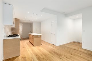 """Photo 6: 3671 W 11TH Avenue in Vancouver: Kitsilano Townhouse for sale in """"Elysian West"""" (Vancouver West)  : MLS®# R2557741"""