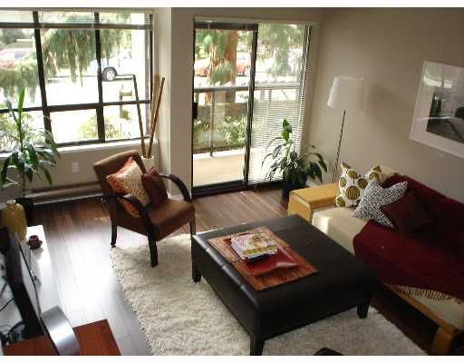 """Main Photo: 1775 W 10TH Ave in Vancouver: Fairview VW Condo for sale in """"STANFORD COURT"""" (Vancouver West)  : MLS®# V638977"""