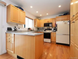 Photo 6: 10194 Third St in SIDNEY: Si Sidney North-East House for sale (Sidney)  : MLS®# 797387