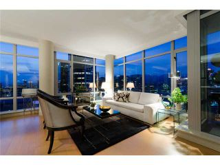 """Photo 1: 2703 788 RICHARDS Street in Vancouver: Downtown VW Condo for sale in """"L'HERMITAGE"""" (Vancouver West)  : MLS®# V912496"""
