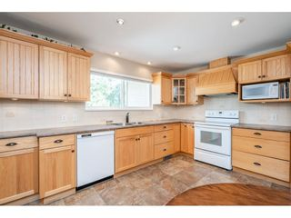 """Photo 11: 82 CLOVERMEADOW Crescent in Langley: Salmon River House for sale in """"Salmon River"""" : MLS®# R2485764"""