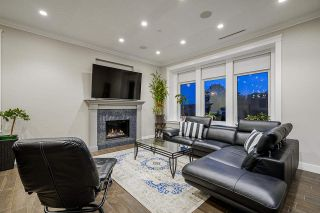 Photo 3: 6676 DOMAN Street in Vancouver: Killarney VE House for sale (Vancouver East)  : MLS®# R2581311