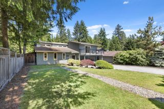 Photo 2: 3352 TENNYSON Crescent in North Vancouver: Lynn Valley House for sale : MLS®# R2623030