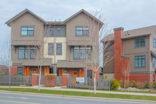 Photo 2: 31 350 Latoria Blvd in : Co Royal Bay Row/Townhouse for sale (Colwood)  : MLS®# 867173