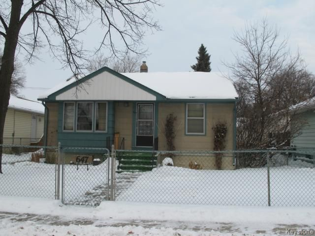 Photo 1: Photos:  in WINNIPEG: East Kildonan Residential for sale (North East Winnipeg)  : MLS®# 1325656