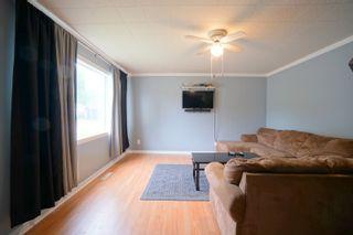 Photo 4: 202 6th Ave NE in Portage la Prairie: House for sale : MLS®# 202119392