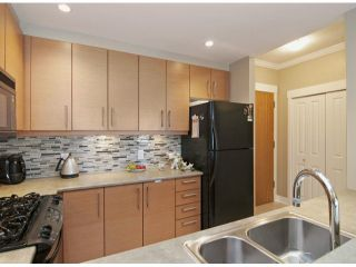 Photo 4: # 304 188 W 29TH ST in North Vancouver: Upper Lonsdale Condo for sale : MLS®# V1043206