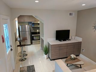 Photo 5: DOWNTOWN Condo for rent : 1 bedrooms : 1647 9th Ave. in San Diego