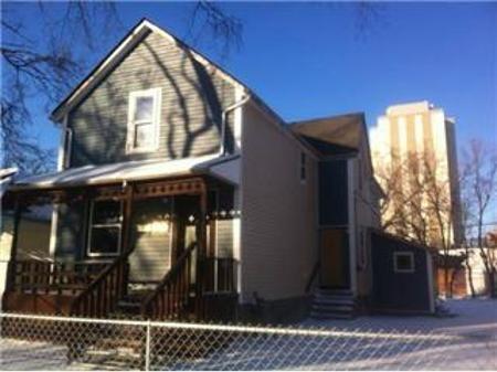 Main Photo: 465 FLORA Avenue: Condominium for sale (North End)  : MLS®# 1202602