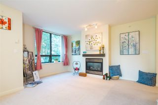 """Photo 8: 306 4333 CENTRAL Boulevard in Burnaby: Metrotown Condo for sale in """"PRESIDIA"""" (Burnaby South)  : MLS®# R2480001"""