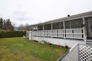 Photo 2: 5 62010 FLOOD HOPE Road in Hope: Hope Center Manufactured Home for sale : MLS®# R2551345
