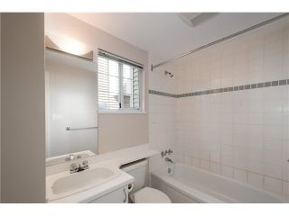Photo 15: 2587 W 6TH Avenue in Vancouver: Kitsilano Townhouse for sale (Vancouver West)  : MLS®# V1126140