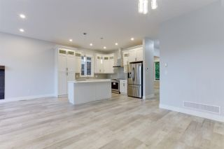 """Photo 10: 4494 STEPHEN LEACOCK Drive in Abbotsford: Abbotsford East House for sale in """"Auguston"""" : MLS®# R2590082"""