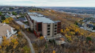 Photo 5: 214 15 Cougar Ridge Landing SW in Calgary: Patterson Apartment for sale : MLS®# A1095933
