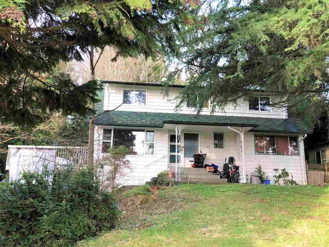 Main Photo: 717 EDGAR Avenue in Coquitlam: Coquitlam West House for sale : MLS®# R2535129