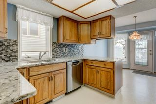 Photo 6: 113 Shawnee Rise SW in Calgary: Shawnee Slopes Semi Detached for sale : MLS®# A1068673