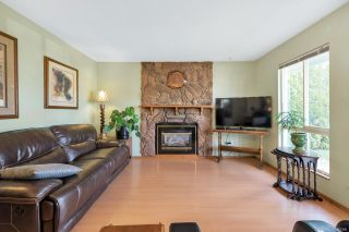 Photo 8: 17942 SHANNON Place in Surrey: Cloverdale BC House for sale (Cloverdale)  : MLS®# R2350989