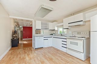 """Photo 8: 52 9950 WILSON Road in Mission: Stave Falls Manufactured Home for sale in """"Ruskin Park"""" : MLS®# R2618566"""