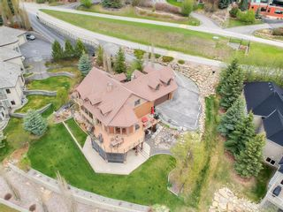 Photo 3: 39 Slopes Grove SW in Calgary: Springbank Hill Detached for sale : MLS®# A1110311