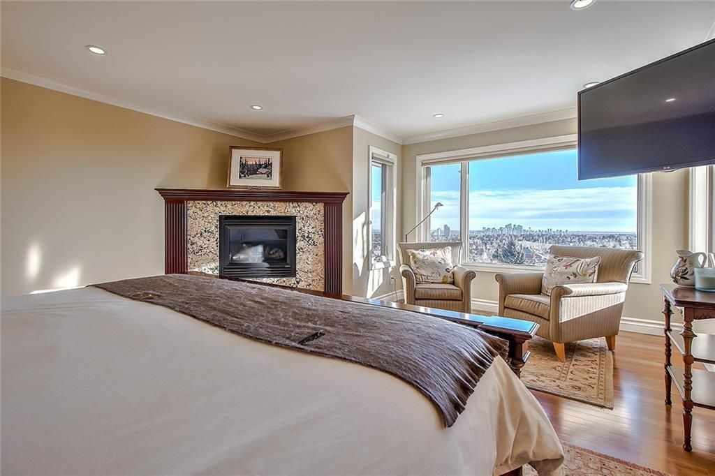 Photo 26: Photos: 153 SIGNATURE Close SW in Calgary: Signal Hill Detached for sale : MLS®# C4283177