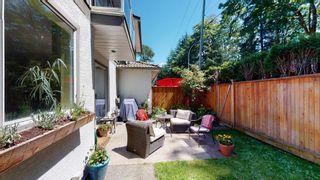 "Photo 7: 11 2401 MAMQUAM Road in Squamish: Garibaldi Highlands Townhouse for sale in ""Highland Glen"" : MLS®# R2595714"