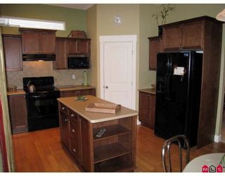 """Photo 6: 6967 198A Street in Langley: Willoughby Heights House for sale in """"Providence"""" : MLS®# F2810698"""