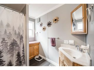 """Photo 15: 157 27111 0 Avenue in Langley: Aldergrove Langley Manufactured Home for sale in """"Pioneer Park"""" : MLS®# R2597222"""